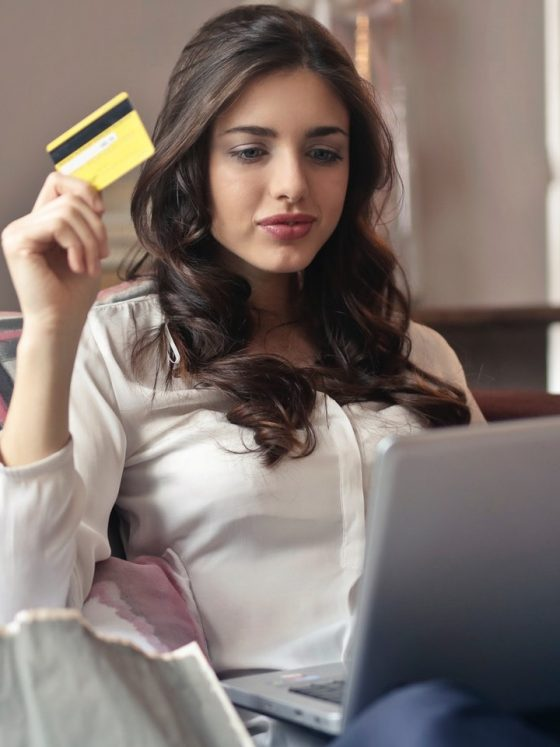 Online Shopping Hacks Featured